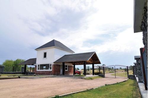 venta terrenos en barrio privado colinas de carrasco