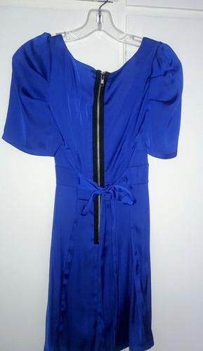 vestido clasico azul