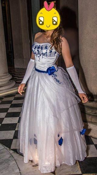 Vestidos de 15 color azul y blanco