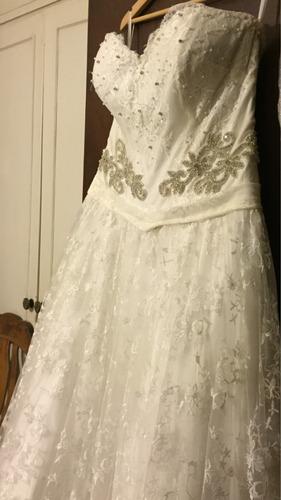 vestido de novia con encaje chantillí de sederias chanel top