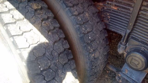 volkswagem 26-220 6x4 ano 2009/2010 pipa   ótimo de pneus