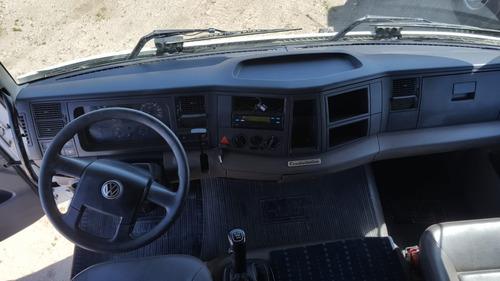 volkswagen 24250 constellation 6x2 tractor excelente estado