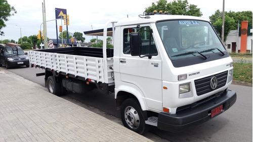 volkswagen 8120 en excelente estado