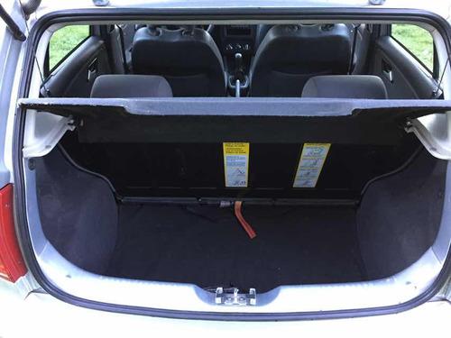 volkswagen fox 1.6 confortline 2012