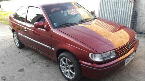 volkswagen logus  sedan 2 puertas