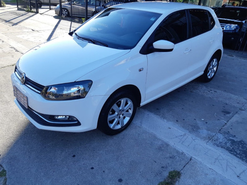 volkswagen polo extra full 2015 ((mar motors))