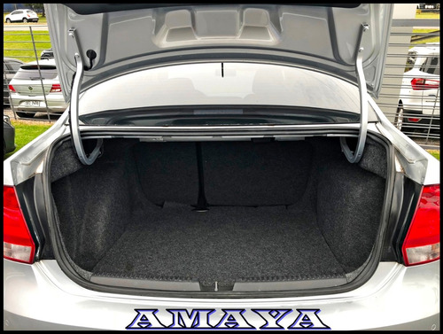 volkswagen polo highline mt sedan amaya