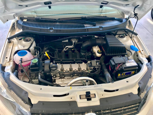 volkswagen saveiro 1.6 gp cs 101cv g7 2018