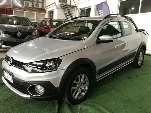 volkswagen saveiro cross doble cabina impecable 48 cuotas
