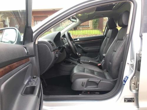 volkswagen vento 2.5 prestige unico dueño! permuto, financio