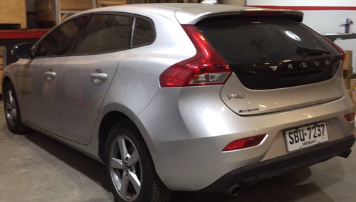 volvo v40 v40 t4 - 1.6 turbo (180 hp) 2014