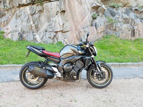 yamaha naked auto moto