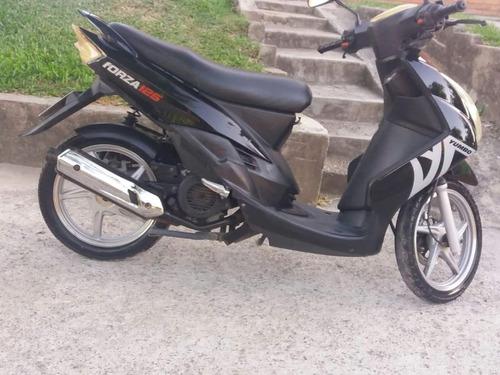 yumbo forza 125cc