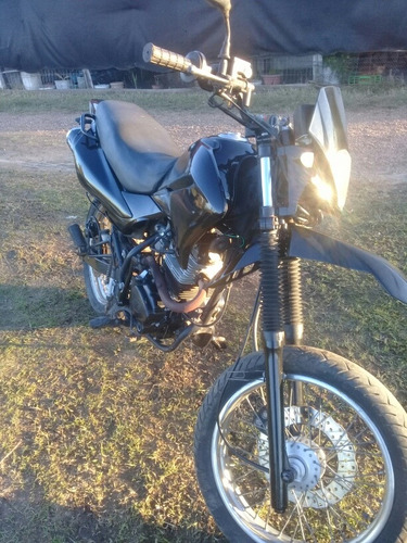 yumbo motard 125