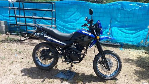 yumbo  motard 125cc