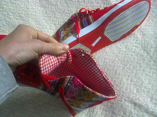 zapatillas botitas rojas unisex con aguayos 41 nuevas!!