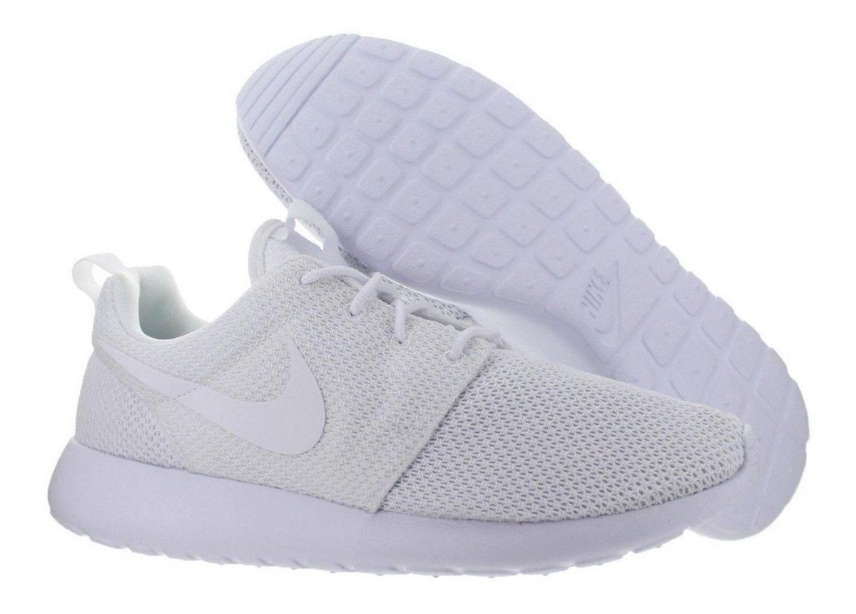 wholesale dealer 4a2d6 930d8 Zapatillas Nike Roshe One Triple White