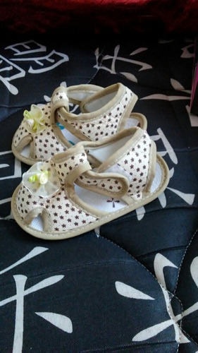 zapatitos de bebes