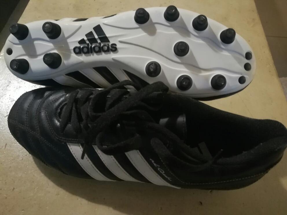 zapatos de futbol adidas nuevos. Cargando zoom. cdc4e4abe45e3