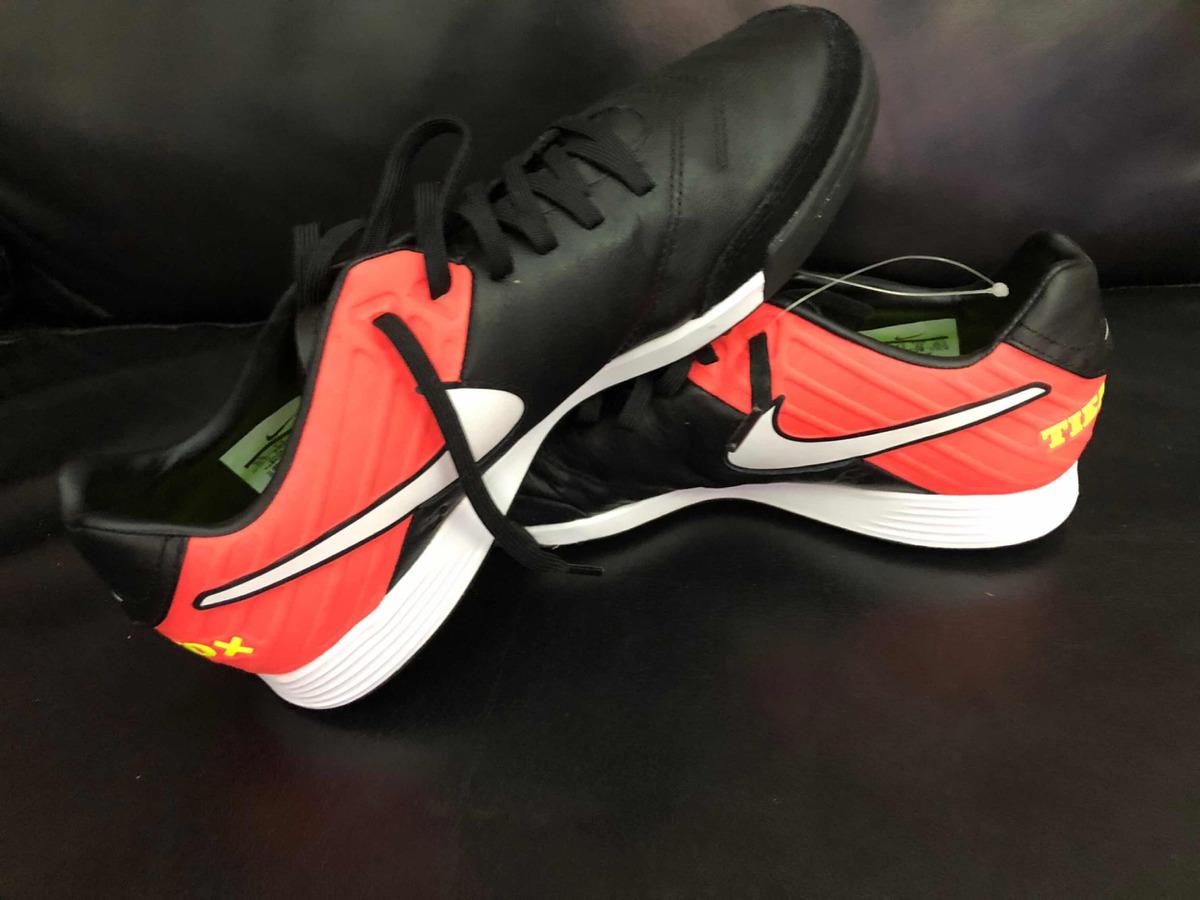54323ac194fa2 zapatos fútbol 5 nike tiempo. Cargando zoom.