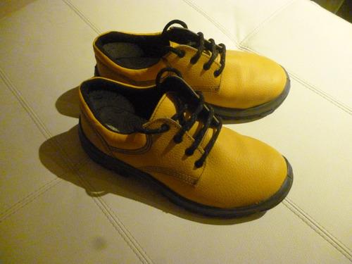 zapatos para obra