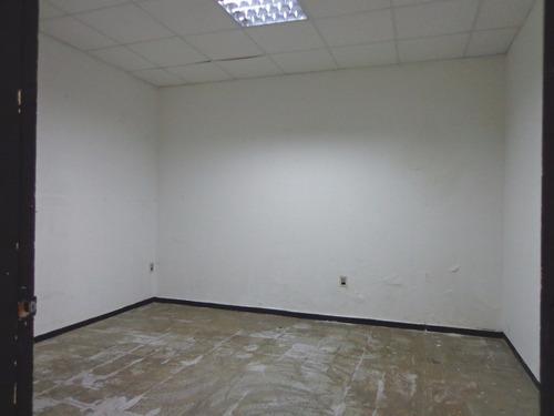 zona comercial. buena construcción, luminoso. padrón único